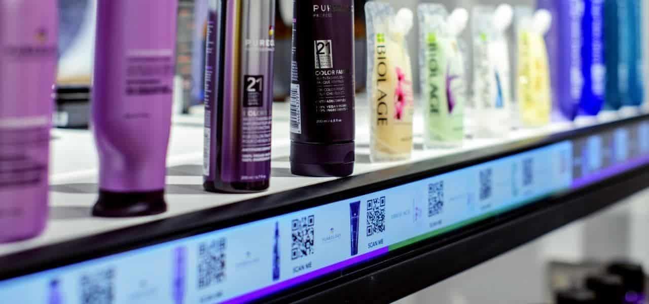 C'est l'application secrète AR qui alimente la nouvelle entrée d'Amazon dans le secteur des salons de beauté