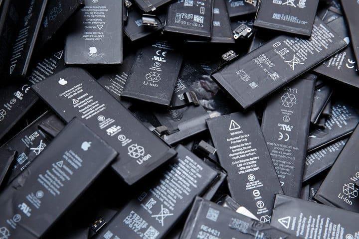 Anciennes batteries d'iphone