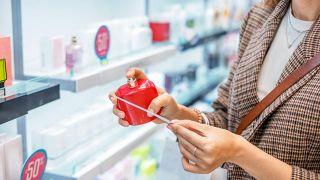 5 astuces pour choisir un parfum (et toujours le faire correctement)