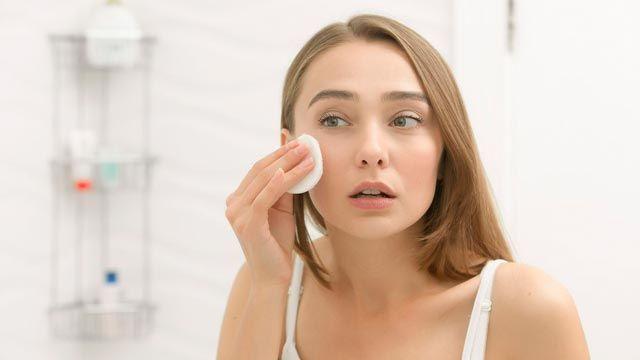Nettoyage du visage en coton